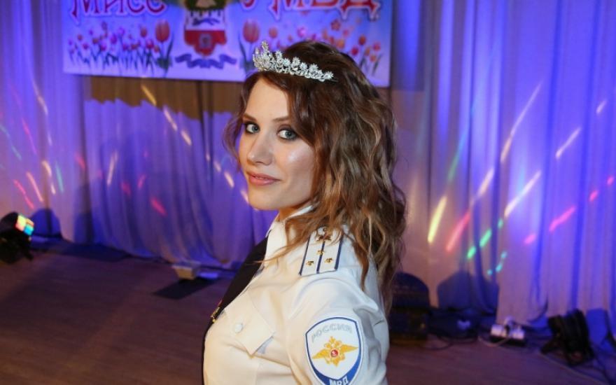 Работа в полиции курган для девушки девушка модель веб дизайна